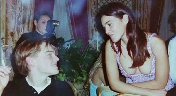 Мем: Юный Леонардо Ди Каприо проявляет недюжинную силу воли: он смотрит Монике Белуччи в глаза, 90-е, Брюттон